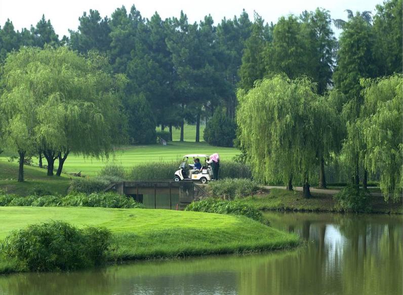 热烈庆祝球包通成功携手福州新东阳高尔夫俱乐部