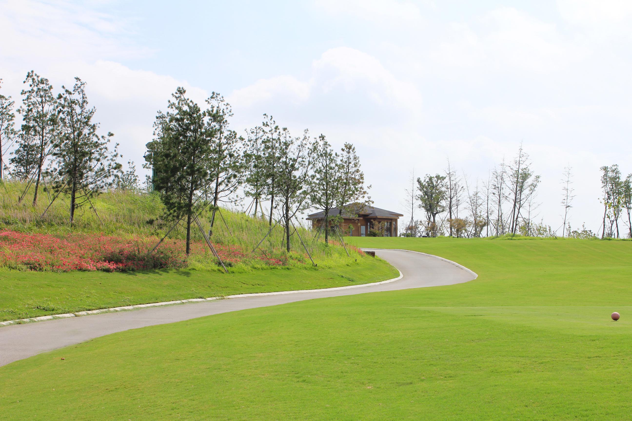 热烈庆祝球包通成功携手常熟高尔夫球场!