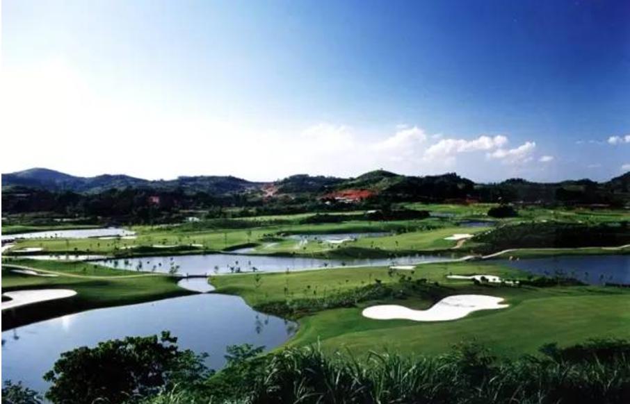 热烈祝贺球包通成功携手南宁青秀山国际高尔夫球会!