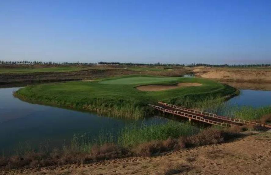 热烈庆祝球包通成功携手银川颐和乡村高尔夫球场!