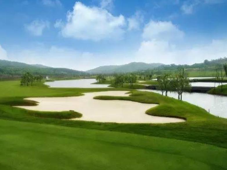 热烈庆祝球包通成功携手名流紫蓬湾高尔夫球场!
