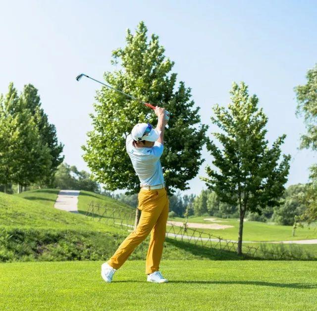 很多人打高尔夫球,只赢了50%,却输了剩下的50%!