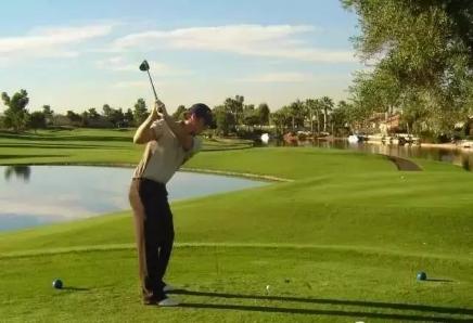 健康的远见,是对高尔夫运动的坚持!