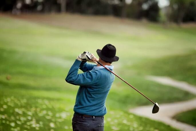 大多数的高尔夫球爱好者都在关注什么?看看他们的生活就知道了……