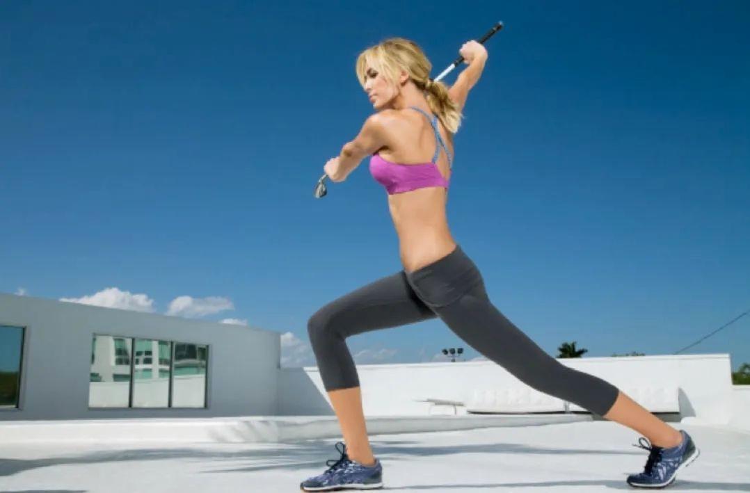 正确做好伸展运动可以有效降低你的杆数哦!